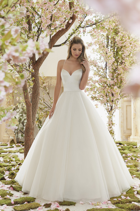 6831 Wedding                                          dress by Mori Lee: Voyage