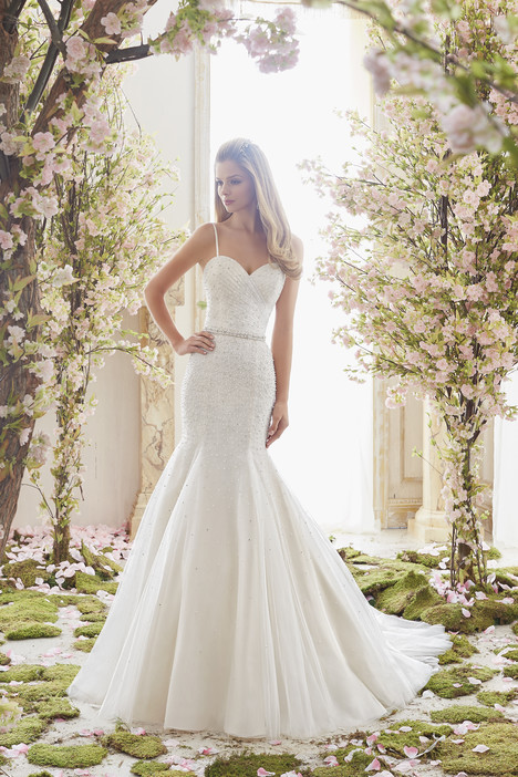 6835 Wedding                                          dress by Mori Lee: Voyage