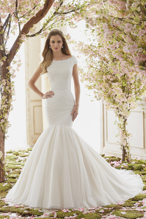 6839 Wedding                                          dress by Mori Lee: Voyage