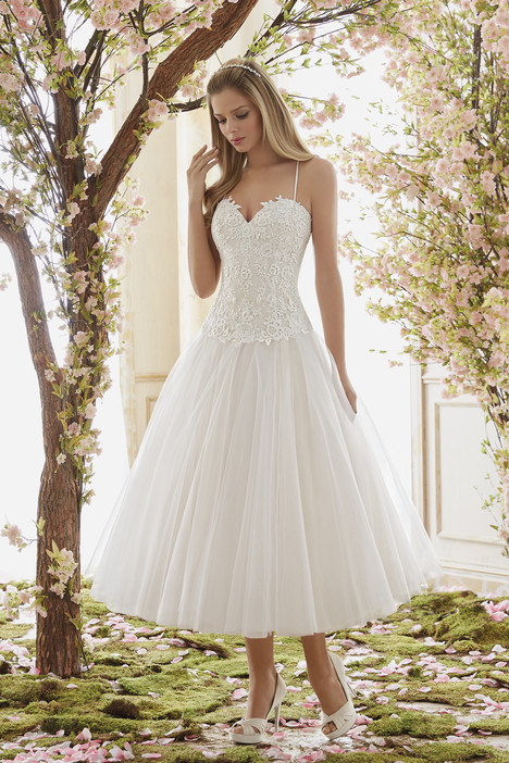 6840 Wedding                                          dress by Mori Lee: Voyage