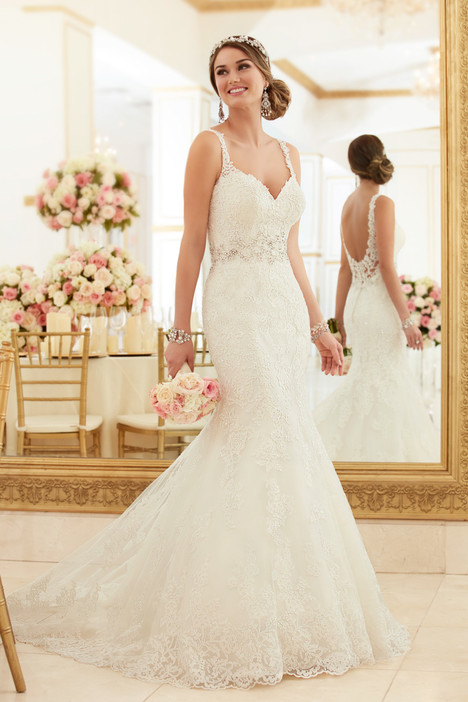 6238 gown from the 2016 Stella York collection, as seen on dressfinder.ca