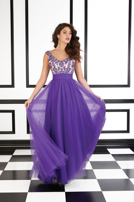98607 (purple) gown from the 2016 Mori Lee Prom collection, as seen on dressfinder.ca
