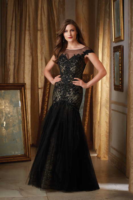 71436 gown from the 2016 MGNY Madeline Gardner collection, as seen on dressfinder.ca