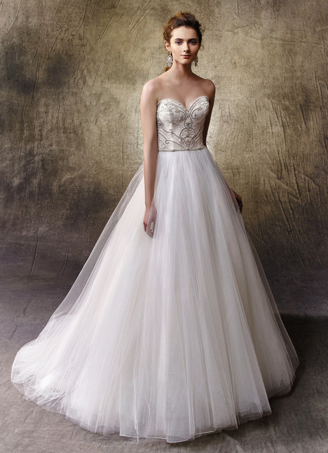 Libby gown from the 2017 Enzoani collection, as seen on dressfinder.ca