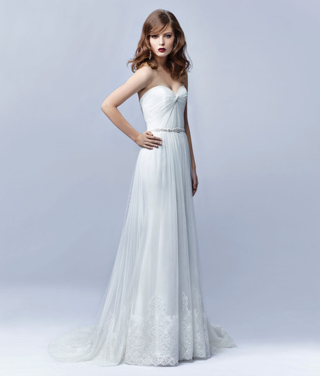 BT17-02 Wedding                                          dress by Enzoani : Beautiful