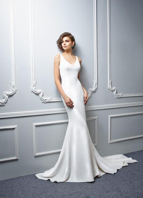 BT17-27 Wedding dress by Enzoani Beautiful Bridal