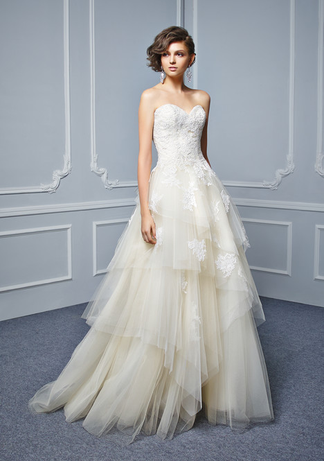 BT17-29 Wedding dress by Enzoani Beautiful Bridal