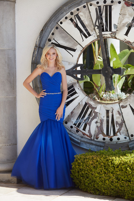 16-354 Prom                                             dress by Madison James : Prom Celebrity