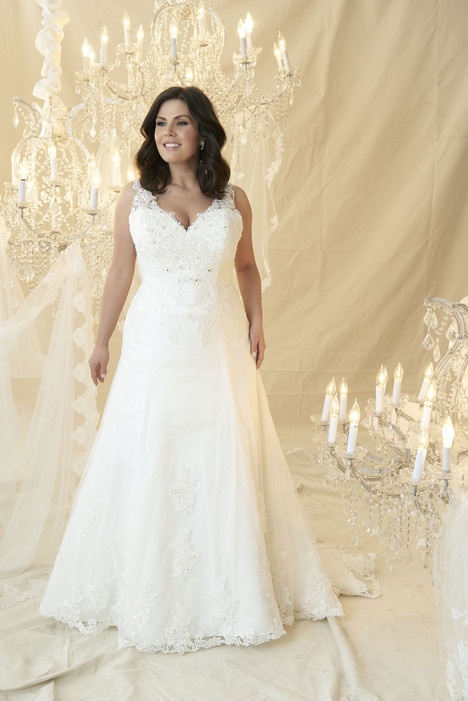 Bellini Wedding                                          dress by Callista