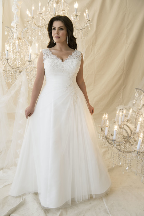 Canaletto Wedding                                          dress by Callista