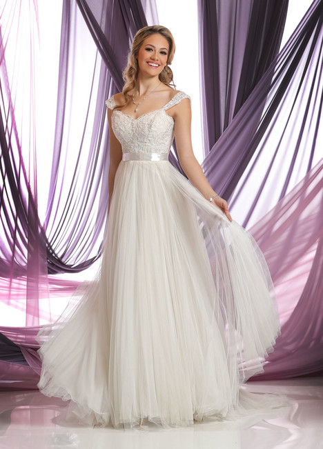 50408 Wedding                                          dress by DaVinci