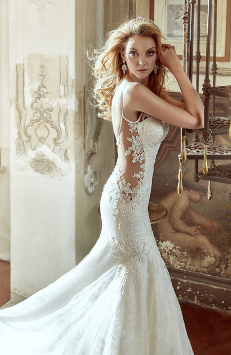 NIAB17040 gown from the 2017 Nicole Spose collection, as seen on dressfinder.ca