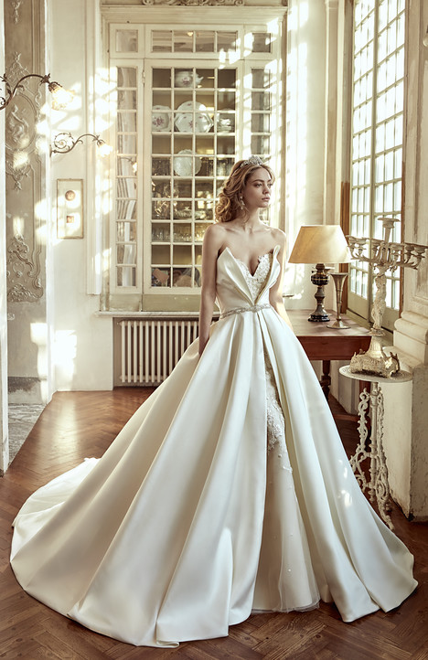 NIAB17088 Wedding dress by Nicole Spose