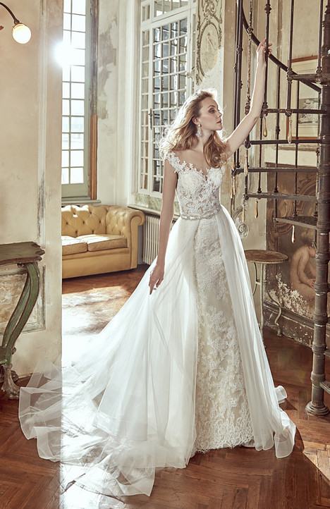 NIAB17116 Wedding                                          dress by Nicole Spose