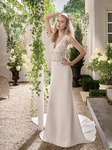 F191003 Wedding                                          dress by Jasmine Collection