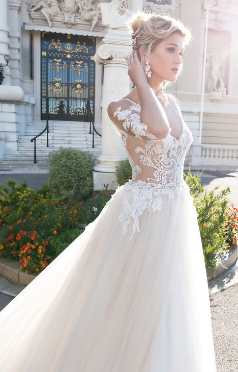 ARAB17608 Wedding                                          dress by Alessandra Rinaudo