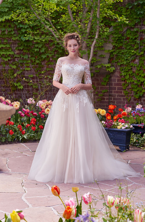 Yvonne Wedding                                          dress by Rebecca Ingram