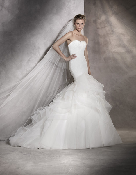 Asha gown from the 2017 Pronovias collection, as seen on dressfinder.ca