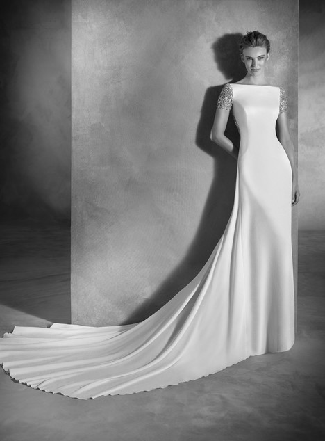 Emery gown from the 2017 Pronovias Atelier collection, as seen on dressfinder.ca