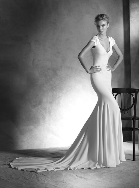 Irune gown from the 2017 Pronovias Atelier collection, as seen on dressfinder.ca