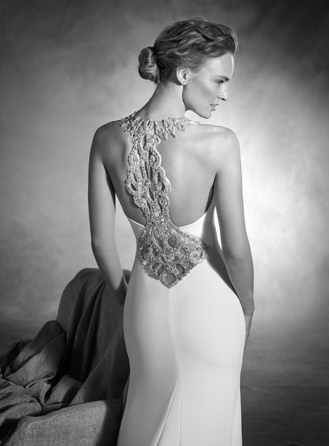 Nacer (back) gown from the 2017 Pronovias Atelier collection, as seen on dressfinder.ca