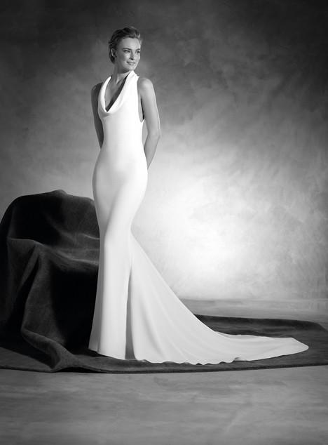Niagara Wedding dress by Pronovias Atelier