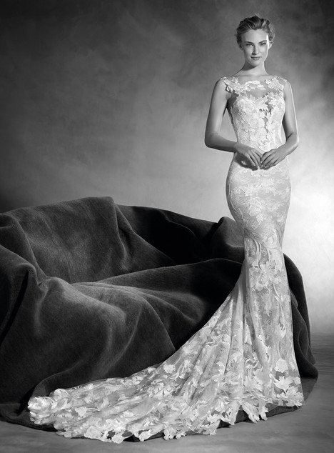 Niebla gown from the 2017 Pronovias Atelier collection, as seen on dressfinder.ca