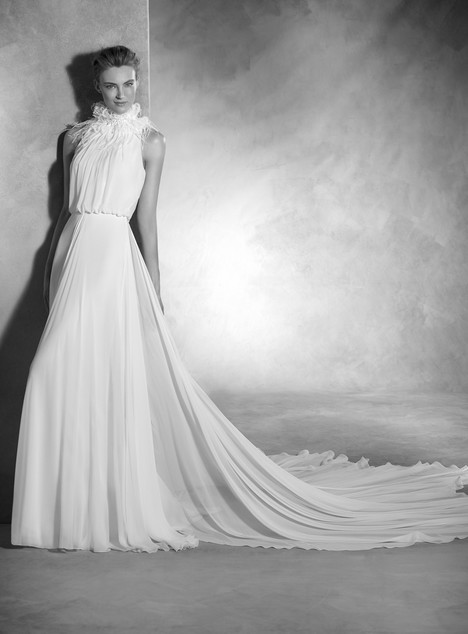 Noa gown from the 2017 Pronovias Atelier collection, as seen on dressfinder.ca