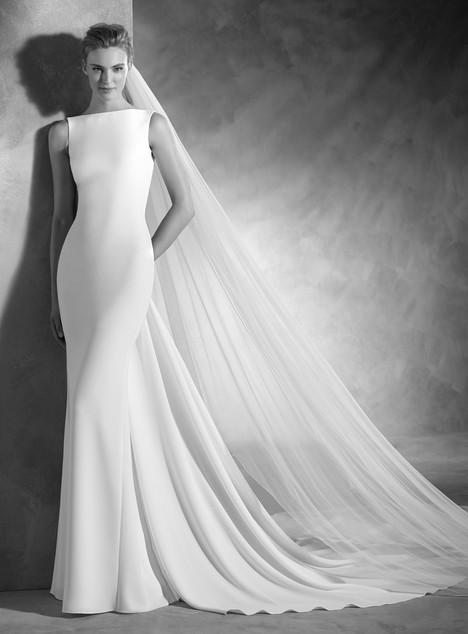 Nogal Wedding                                          dress by Pronovias Atelier