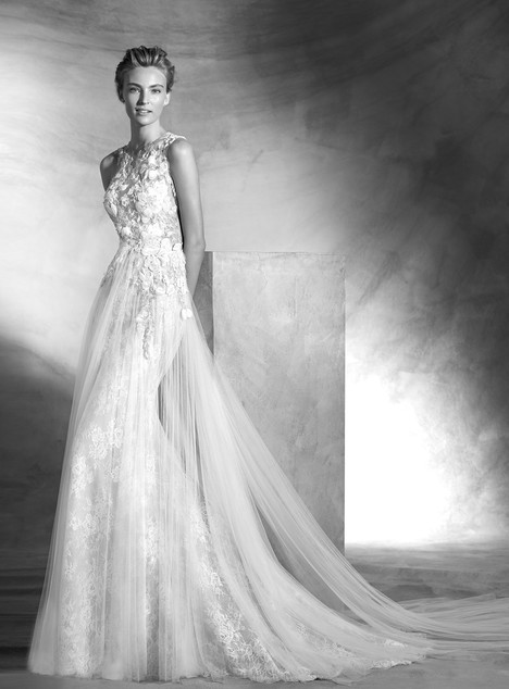 Vintage gown from the 2017 Pronovias Atelier collection, as seen on dressfinder.ca