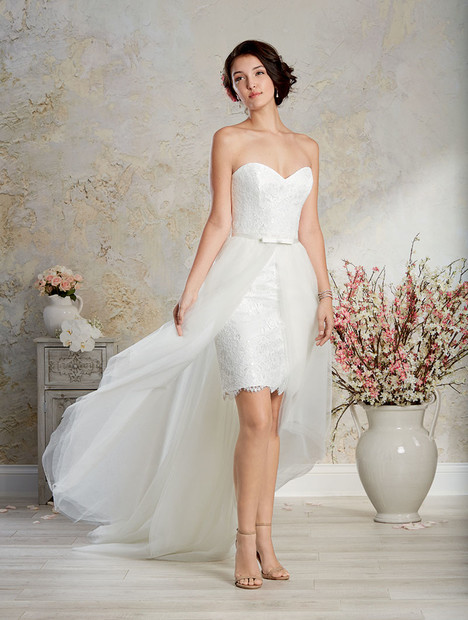 8569 Wedding                                          dress by Alfred Angelo : Modern Vintage Bridal