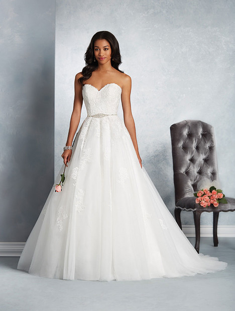 2604 Wedding                                          dress by Alfred Angelo