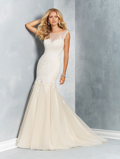 2620 Wedding                                          dress by Alfred Angelo