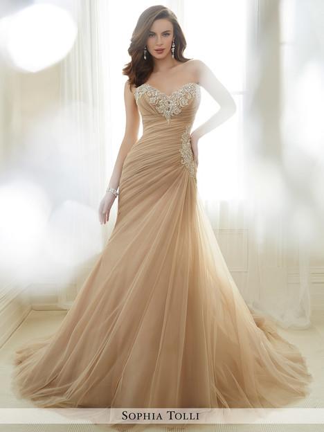 Y11724 Wedding                                          dress by Sophia Tolli