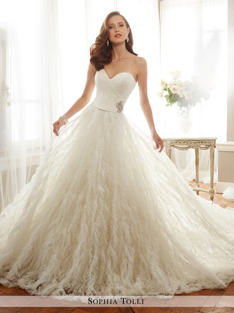 Cheri (Y11726) gown from the 2017 Sophia Tolli collection, as seen on dressfinder.ca