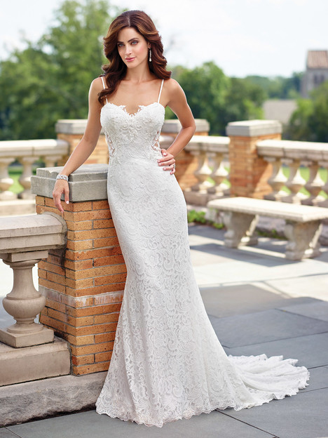 Style 117190 gown from the 2017 Enchanting by Mon Cheri collection, as seen on dressfinder.ca
