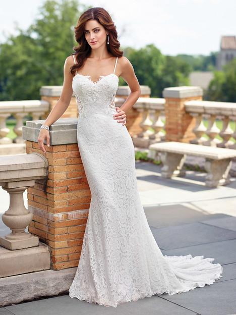 117190 Wedding                                          dress by Enchanting by Mon Cheri