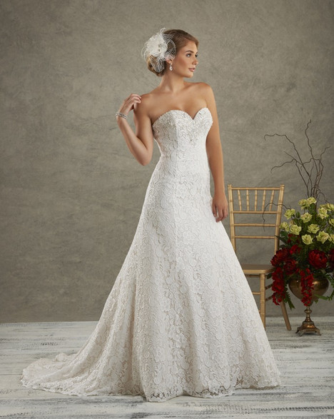 6502 Wedding                                          dress by Bonny Bridal