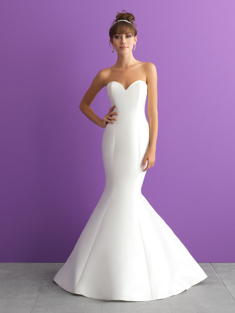 Style 3000 gown from the 2017 Allure Romance collection, as seen on dressfinder.ca