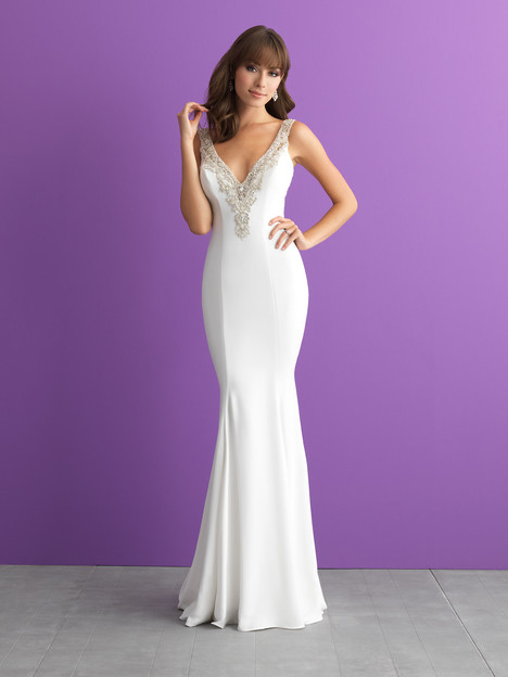 Style 3013 gown from the 2017 Allure Romance collection, as seen on dressfinder.ca