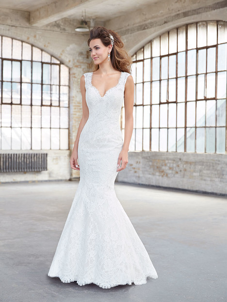 Style MJ302 gown from the 2017 Madison James collection, as seen on dressfinder.ca