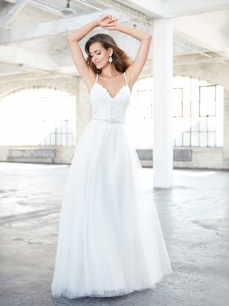 MJ311 Wedding                                          dress by Madison James