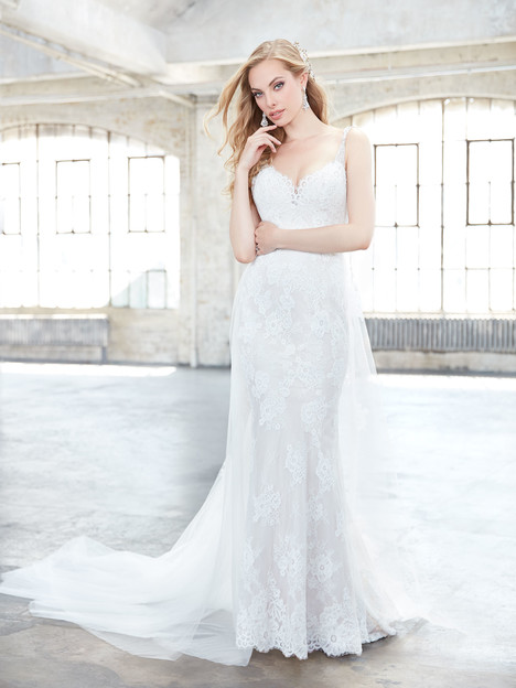 MJ314 (train only) gown from the 2017 Madison James collection, as seen on dressfinder.ca