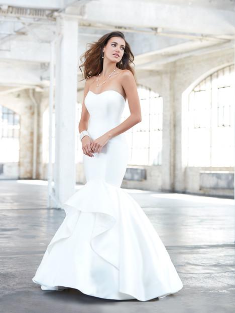 MJ320 Wedding                                          dress by Madison James