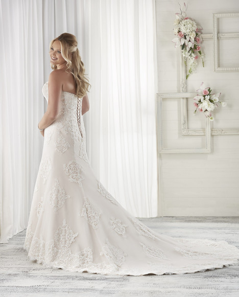 1611 (back) Wedding                                          dress by Bonny Bridal