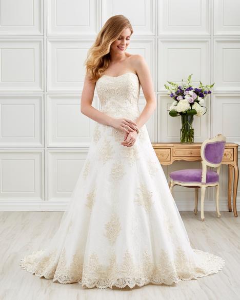 7202 Wedding                                          dress by Romantic Bridals