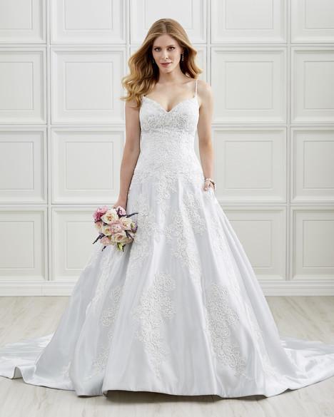 4201 Wedding                                          dress by Romantic Bridals : Hearts Desire