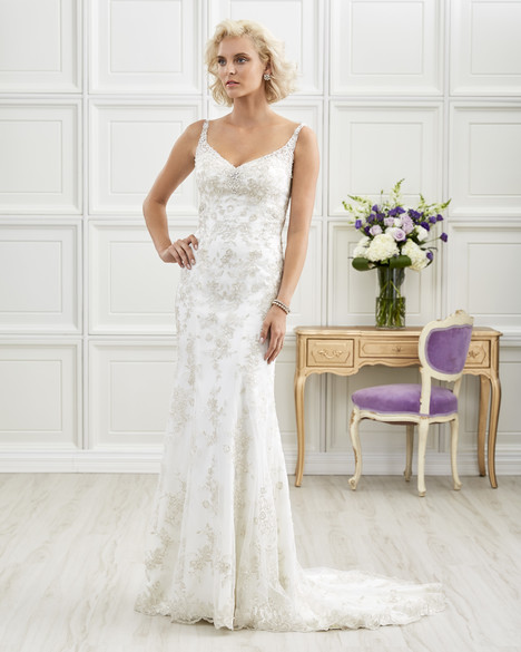 4215 Wedding                                          dress by Romantic Bridals : Hearts Desire