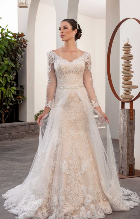4247 Wedding                                          dress by Christina Rossi