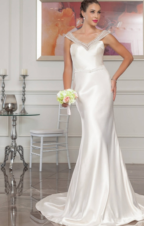 4252 Wedding                                          dress by Christina Rossi